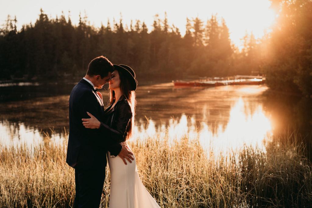 kapelusz do sukni ślubnej